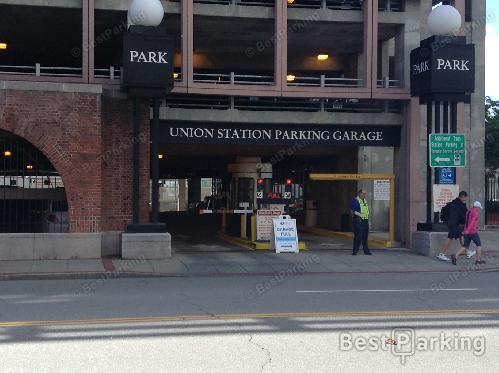 Union Station Parking - Find Parking near Union Station