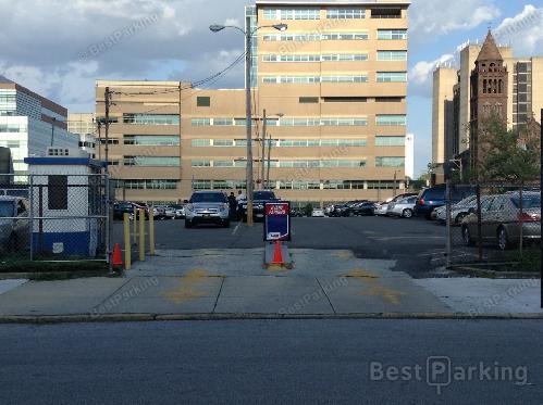 Penn Presbyterian Medical Center Emergency Room Monthly