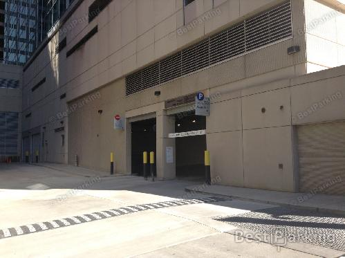 225 5th Ave Bet Wood St 6th